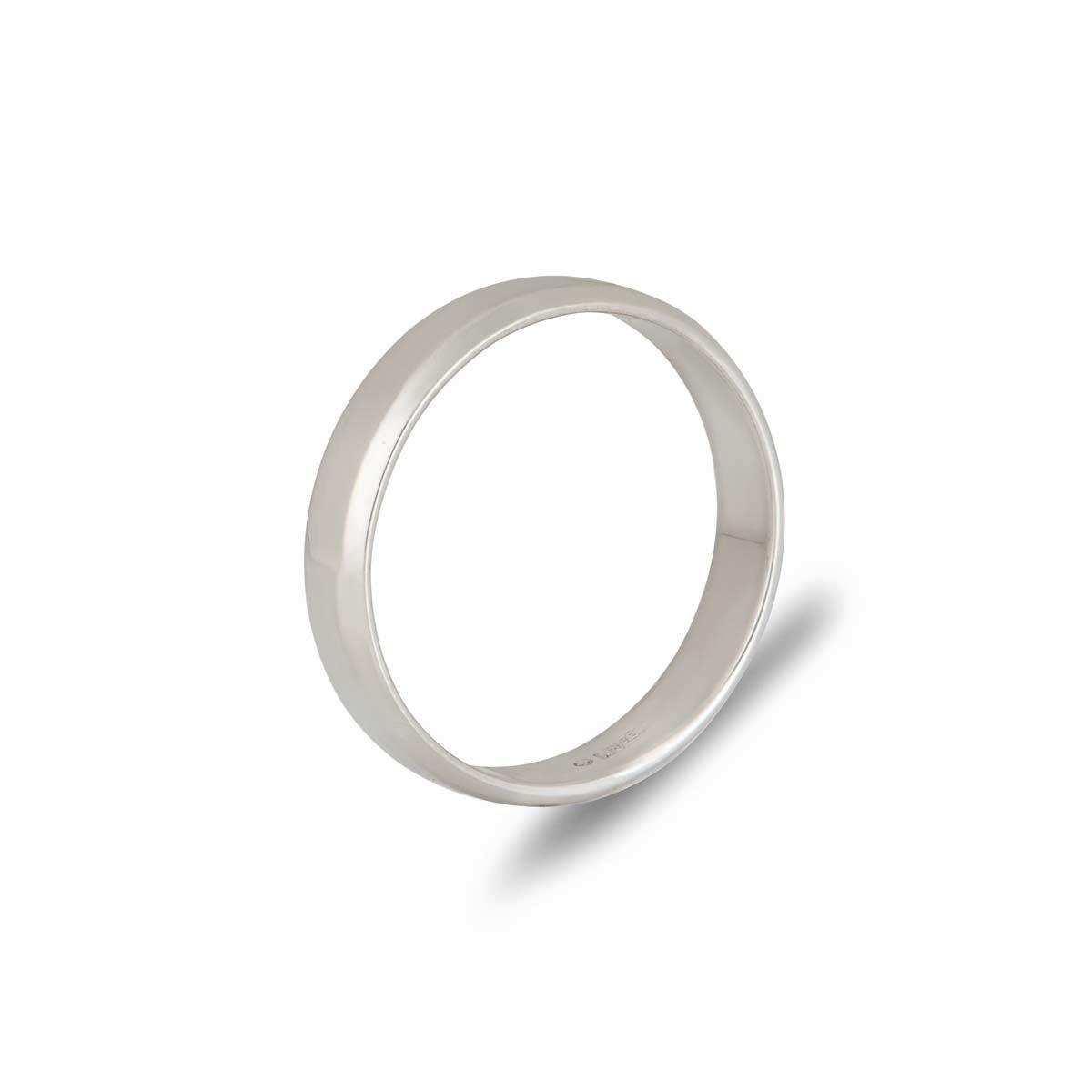 Ladies 4mm Bevelled Edge Wedding Band in Platinum